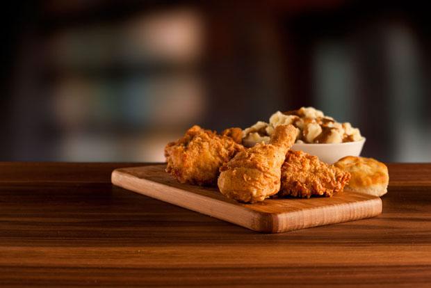 BTS: Creating Pictures of Fried Chicken for the KFC Website kfcchicken 1