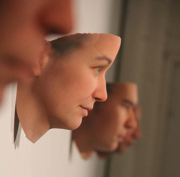 Artist Uses Found DNA Data to Generate Photo realistic Portraits 3dsculpture