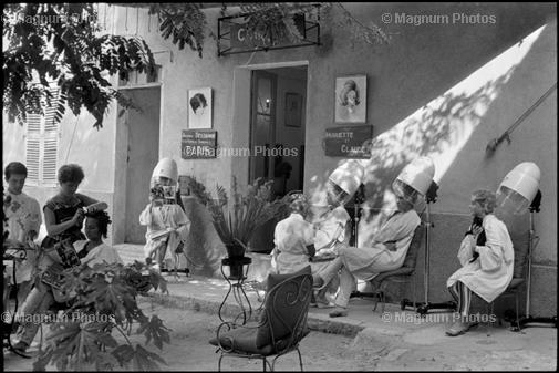 Learn Composition from the Photography of Henri Cartier Bresson Henri Cartier Bresson Shadow 003